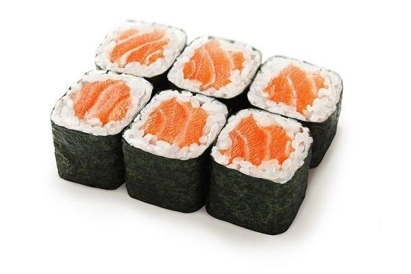 Маки Ролл с лососем